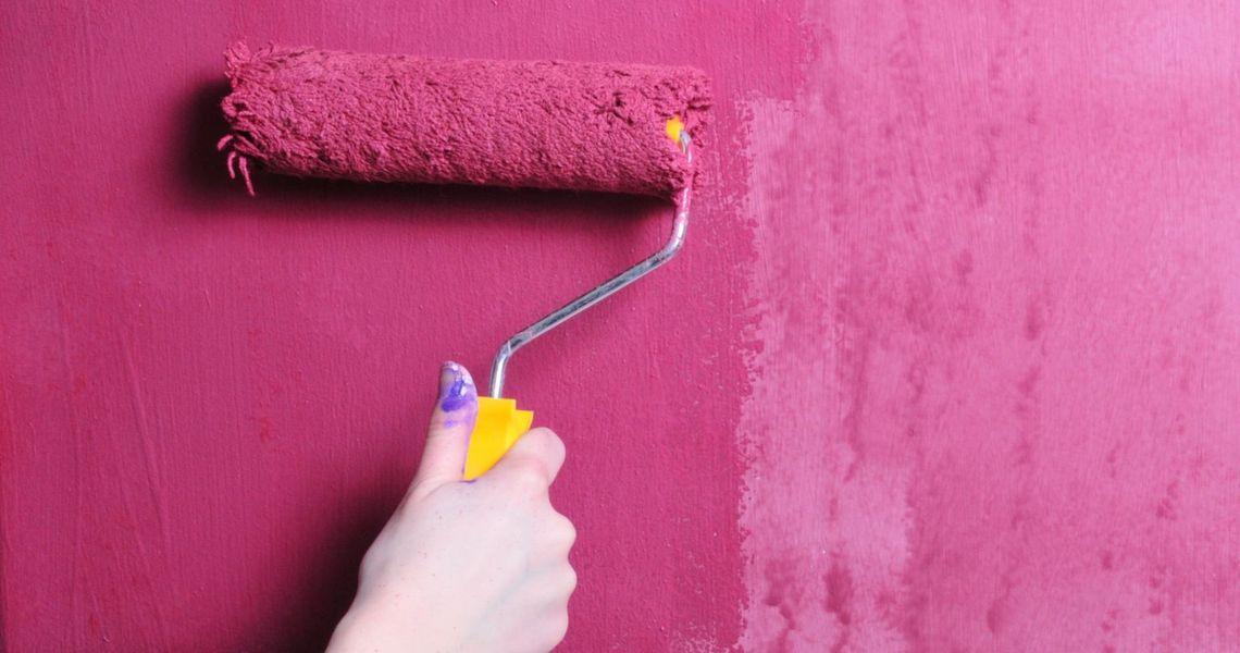Как красить стены водоэмульсионной краской?