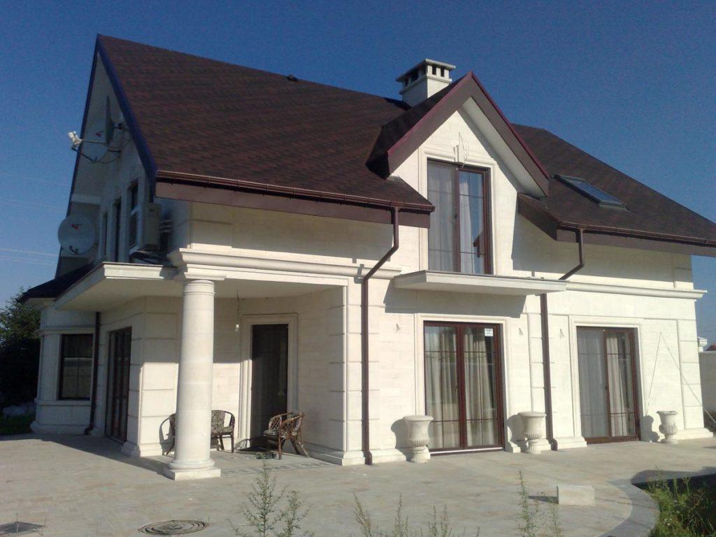 Цвет крыши и фасада