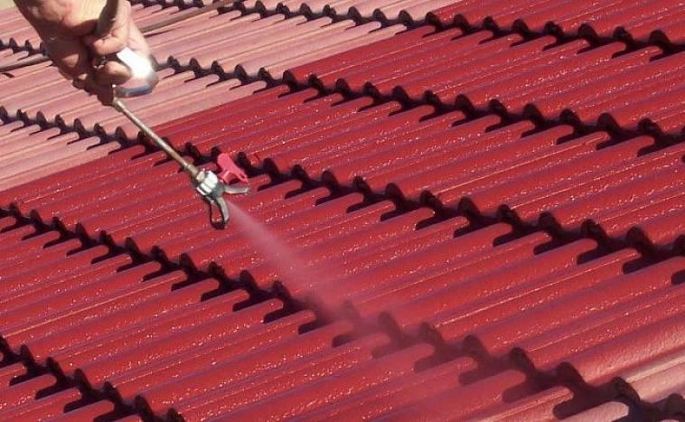 чем покрасить крышу из шифера